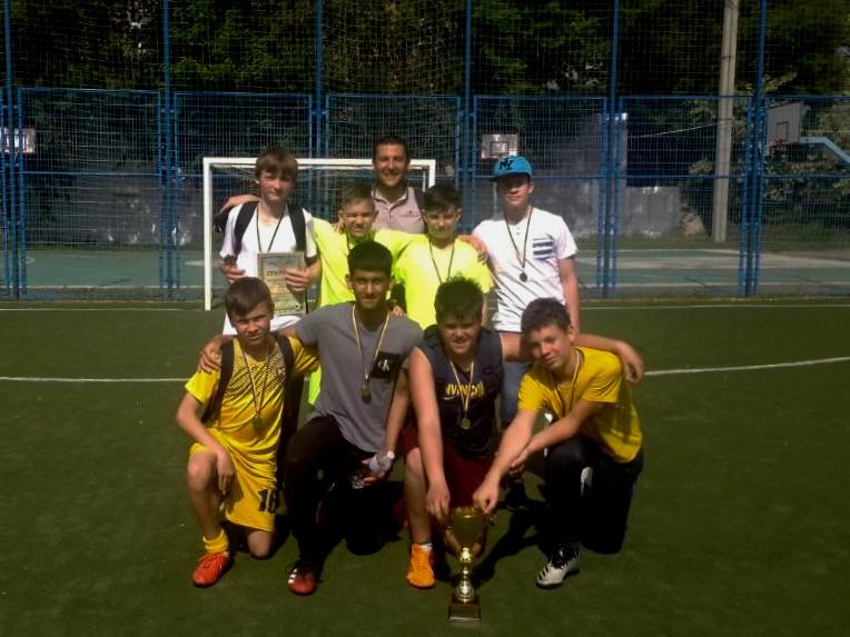 Команда «Харківського колегіуму» перемогла на змаганнях з міні-футболу «Весняний кубок 2021»